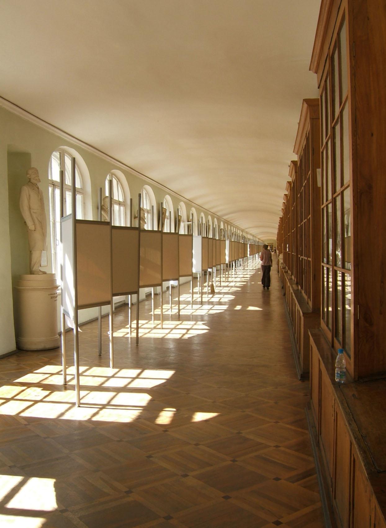 SPB LongCorridor